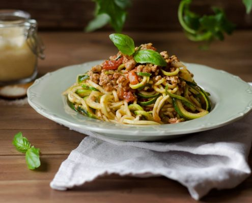 "Zucchini ""Noodles"" and Tomato Meat Sauce"