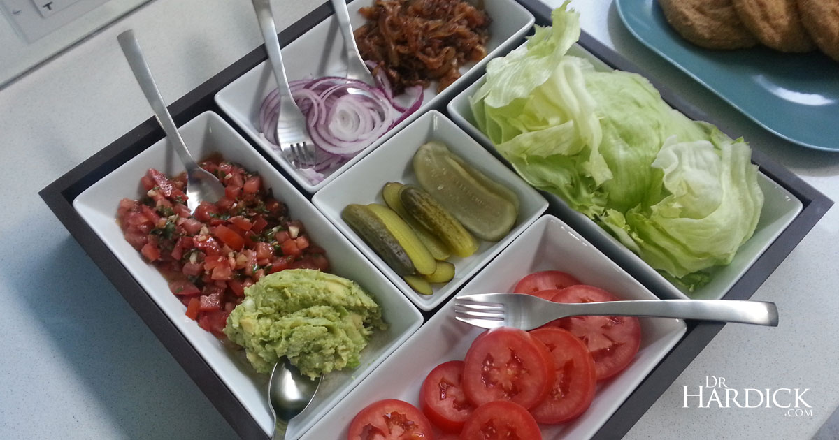 How to Maximize Your Burger Feast - Veggie & Sauce Topping Tray