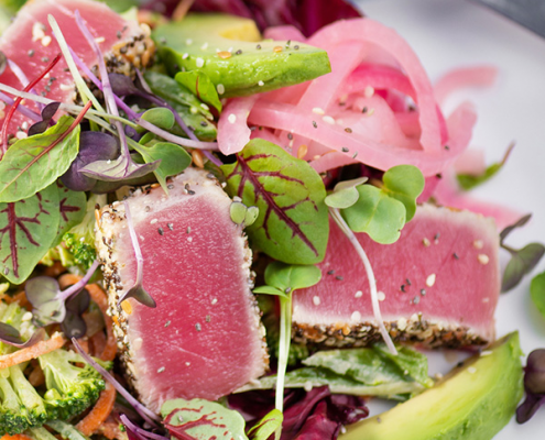 hemp crusted seared tuna with salad